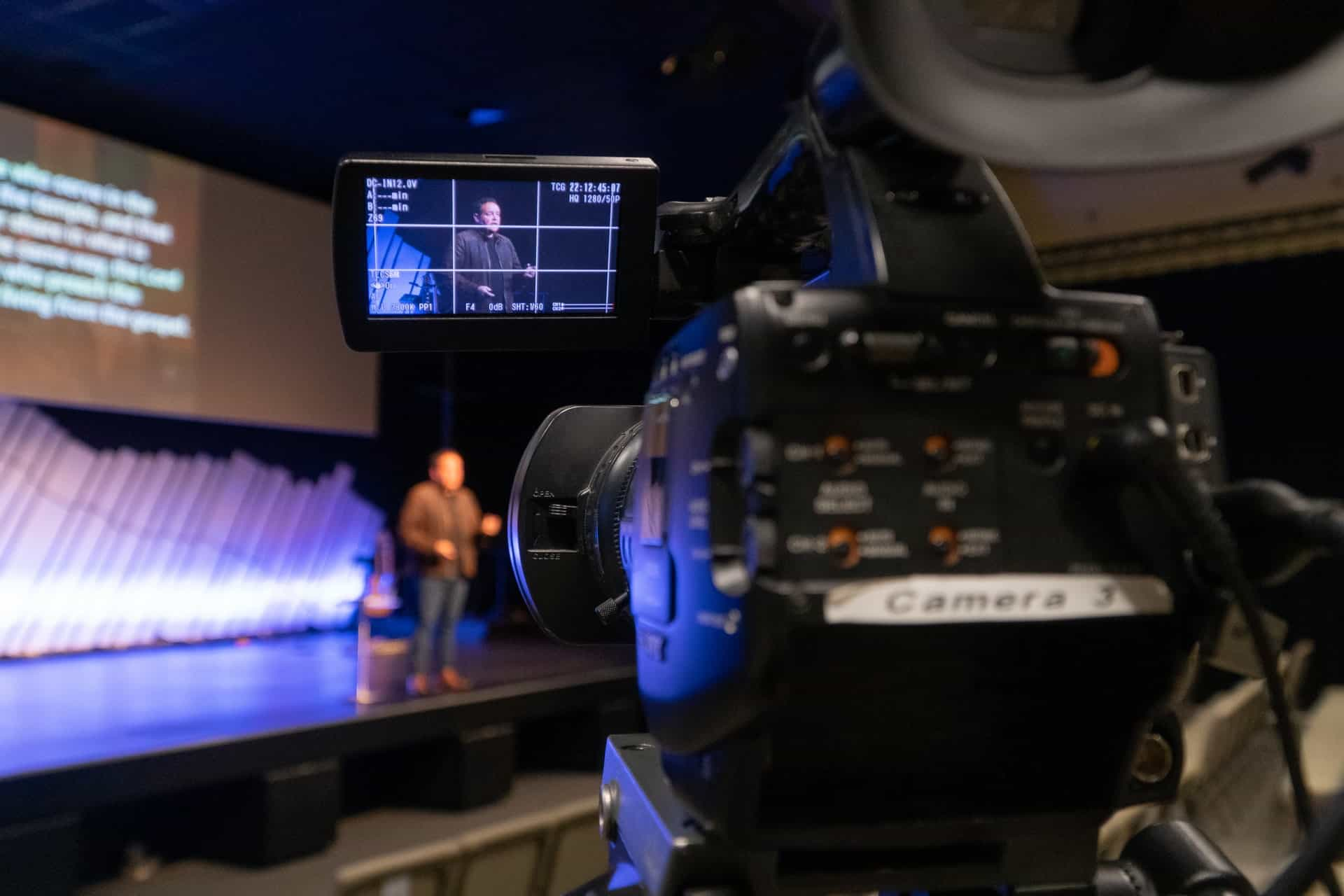 Do I Need a Highlight Video to be a Paid Speaker?   Keynote Content with Jon Cook